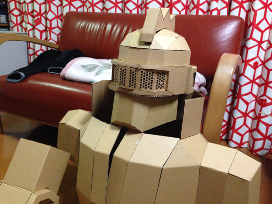 ダンボールロボットの本組み完了!!全体像が見えたぞ!!