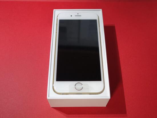 SIMフリーiPhone6が来た!!でも、2台ともキズモノだった(涙)