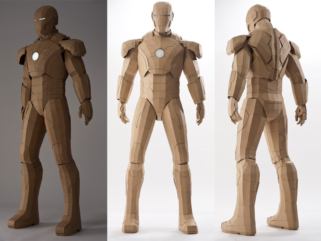 lifesize_cardboard_ironman
