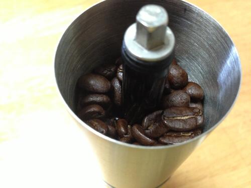香りも味も格段に向上!自宅で挽きたてコーヒーを飲むためにミルを購入したよ!