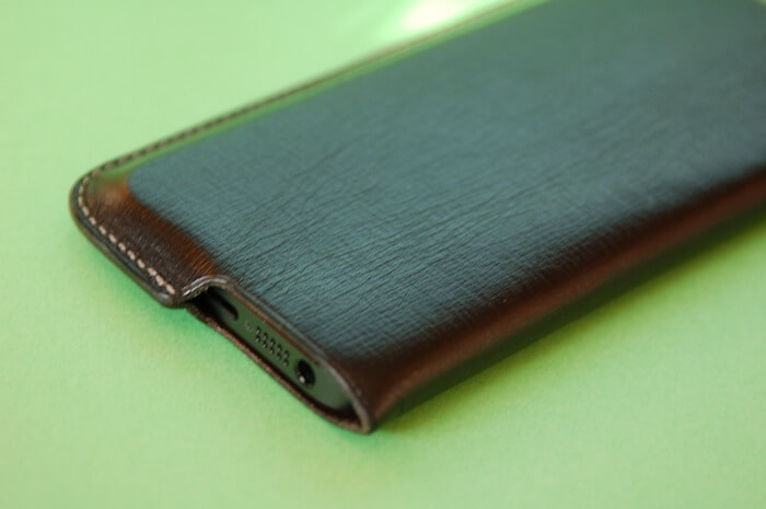 iPhone裸族にオススメのミニマルケース Lim Phone Sleeve for iPhone5