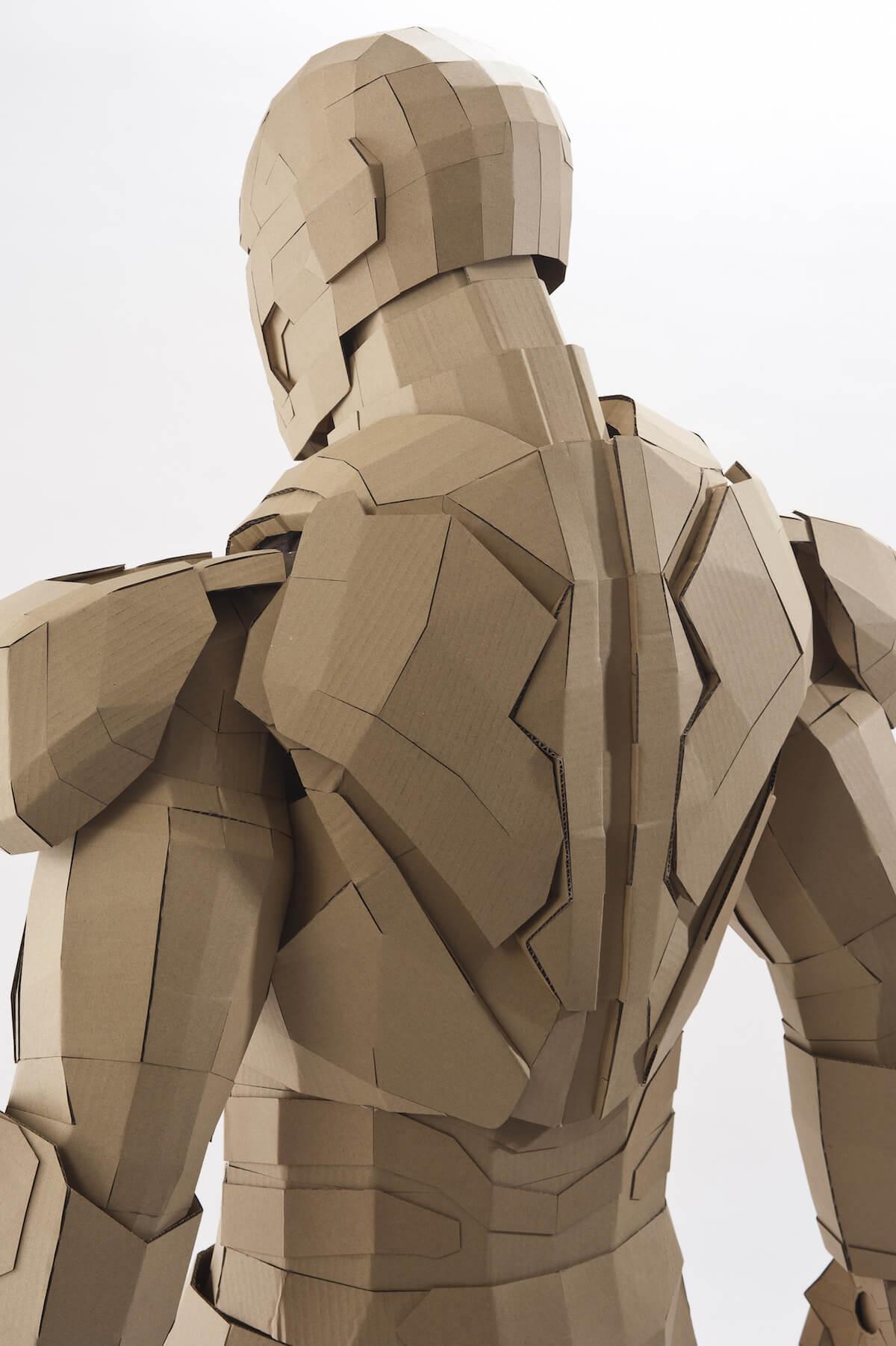 広告写真のプロ「撮影ドットネット」でアイアンマンを撮影してもらいました
