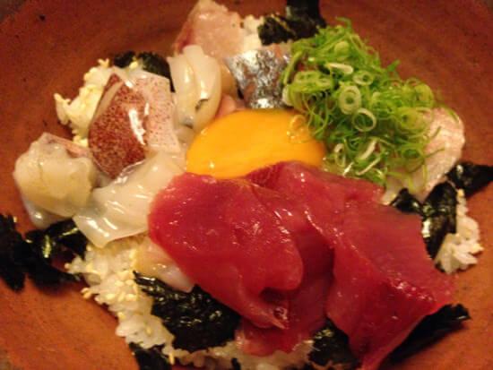 名古屋伏見「魚めし 竹亭」はお手頃価格で最高のお魚系和食ランチがいただける
