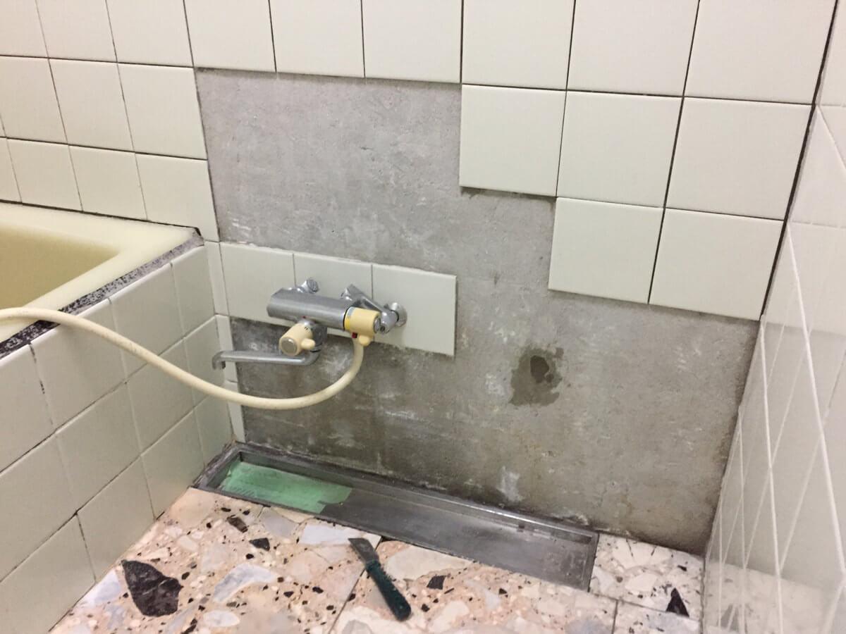 浴室タイルをDIYで張り替えるときの注意点