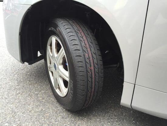 節約のためにスタッドレスタイヤを使わないことにした